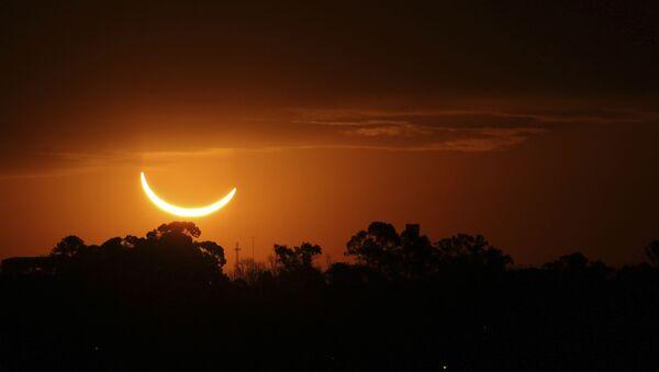 Солнечное затмение в Аргентине  - Sputnik Узбекистан