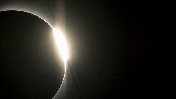 Полное солнечное затмение в Чили - Sputnik Узбекистан