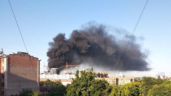 На стройке в Ташкенте вспыхнул пожар - фото - Sputnik Узбекистан