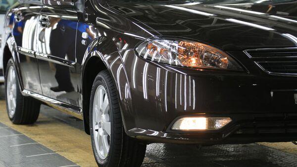 Proizvodstvo avtomobiley na zavode Uzavtomotors - Sputnik Oʻzbekiston