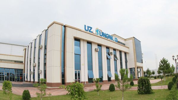 Производство автомобилей на заводе Узавтомоторс - Sputnik Узбекистан