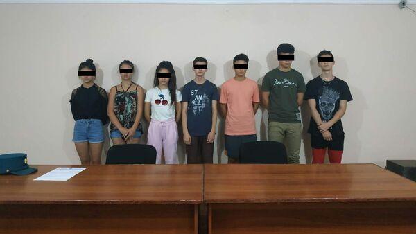 Школьники-пранкеры в Самарканде - Sputnik Ўзбекистон