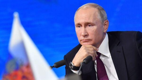 Президент России Владимир Путин - Sputnik Ўзбекистон