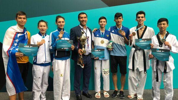 Узбекистанские тэквондисты завоевали золотые медали на чемпионате Азии - Sputnik Ўзбекистон