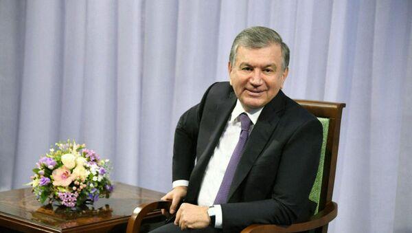 Шавкат Мирзиёев побеседовал с аксакалами в Байсунском районе  - Sputnik Узбекистан
