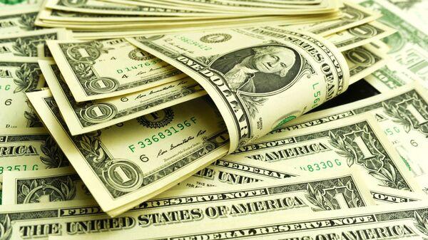 Банкноты номиналом 1 доллар США - Sputnik Узбекистан