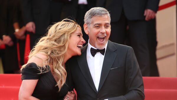 Джулия Робертс и Джордж Клуни - Sputnik Узбекистан