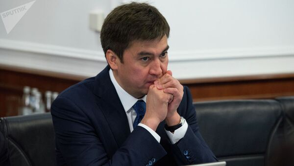 Akim goroda Shыmkent Gabidulla Abdraximov na zasedanii - Sputnik Oʻzbekiston