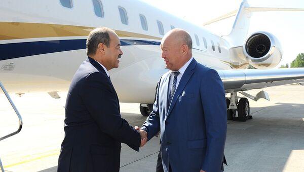 Премьер-министр Республики Узбекистан Абдулла Арипов с рабочим визитом прибыл в Кыргызскую Республику. - Sputnik Узбекистан