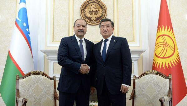 Премьер-министр Узбекистана Абдулла Арипов встретился с президентом Кыргызстана Сооронбаем Жээнбековым - Sputnik Ўзбекистон