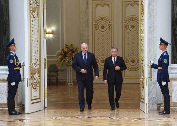 Визит президента Узбекистана Шавката Мирзиёева в республику Беларусь - Sputnik Узбекистан