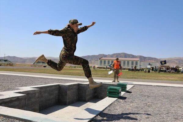 Соревнования военных медиков в Узбекистане в рамках АрМи—2019 - Sputnik Узбекистан