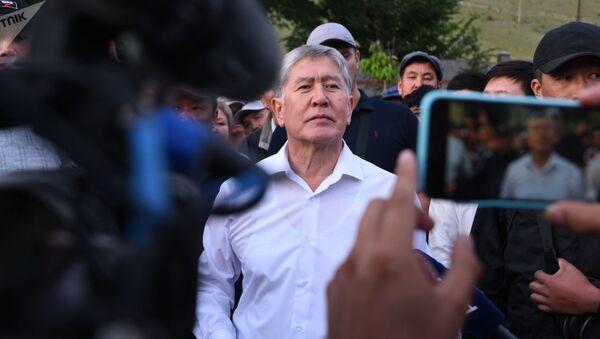 Бывший президент Кыргызстана Алмазбек Атамбаев  - Sputnik Узбекистан