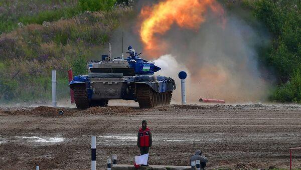 Танк Т-72Б3 команды армии Узбекистана - Sputnik Узбекистан