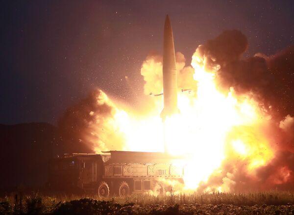 Запуск новой баллистической ракеты в Северной Корее - Sputnik Узбекистан