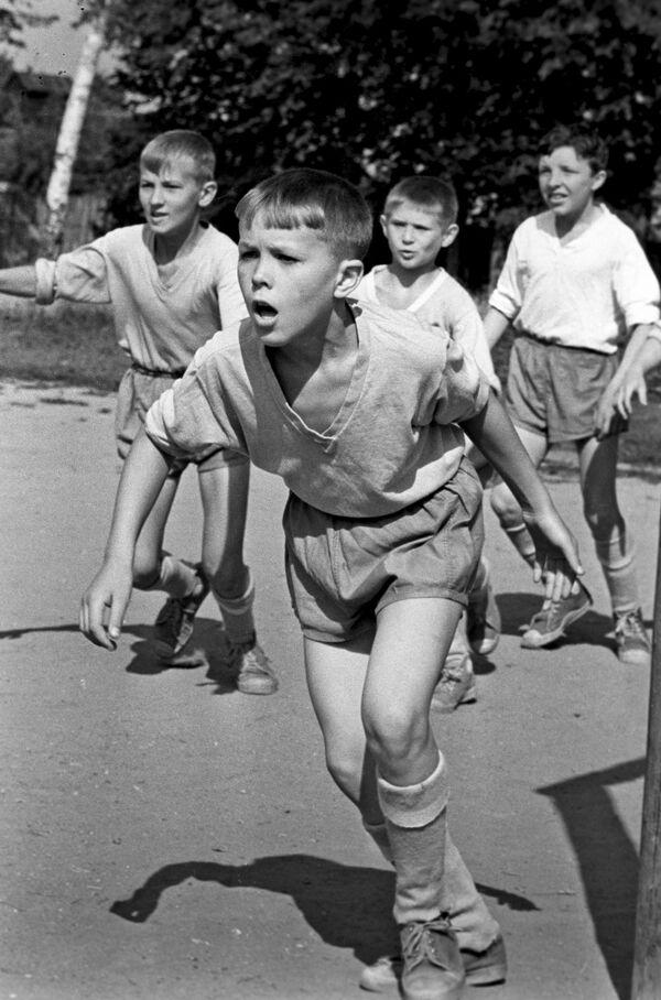 Соревнования по футболу среди детских команд. 1969 год - Sputnik Узбекистан