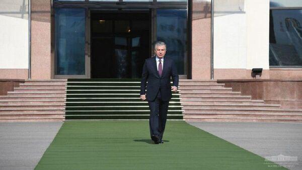 Шавкат Мирзиёев отбыл в Каракалпакстан - Sputnik Узбекистан