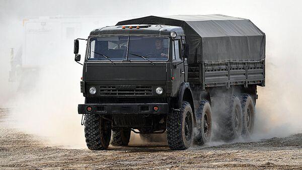 Узбекистан планирует организовать поставки грузовиков повышенной проходимости КамАЗ в Афганистан - Sputnik Узбекистан