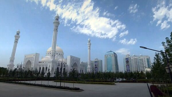 Мечеть в г. Шали Чеченской республики - Sputnik Узбекистан