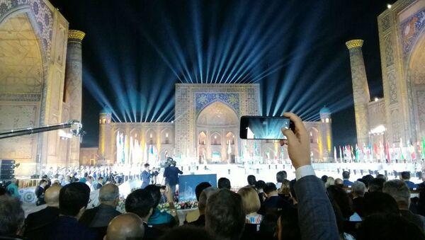 Открытие XII Международного музыкального фестиваля Шарк тароналари в Самарканде - Sputnik Ўзбекистон