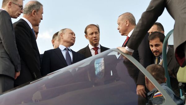 Prezident RF V. Putin i prezident Turtsii R. T. Erdogan posetili aviasalon MAKS 2019 - Sputnik Oʻzbekiston