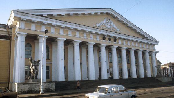 Здание Горного музея Санкт-Петербургского государственного Горного института - Sputnik Узбекистан