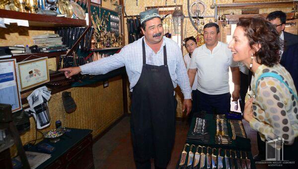 Генеральный директор ЮНЕСКО Одри Азуле посетила Бухару - Sputnik Узбекистан