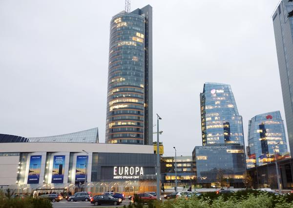 Здание Europa Tower в Вильнюсе - Sputnik Узбекистан