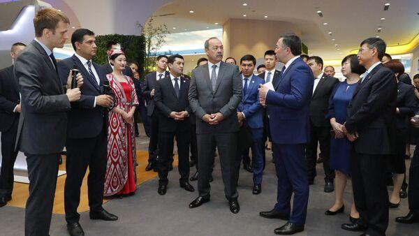 Государственный налоговый комитет Узбекистана провёл встречу с коллегами из Китая - Sputnik Узбекистан