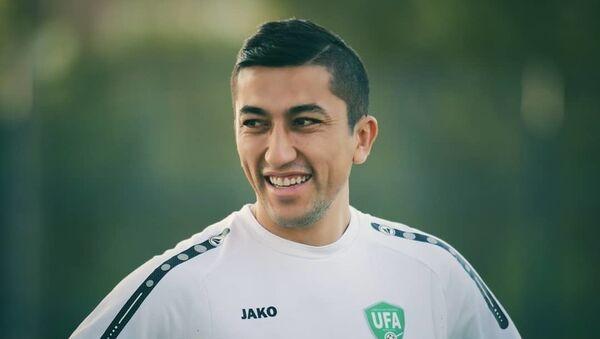 Futbolist i kapitan sbornoy Uzbekistana Odil Axmedov - Sputnik Oʻzbekiston
