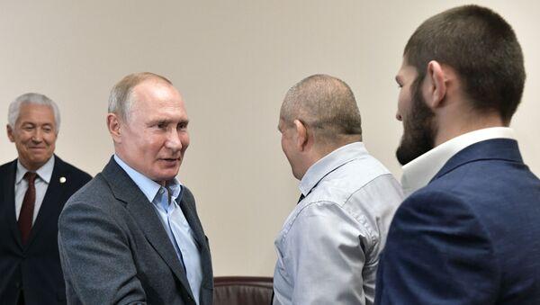 Рабочая поездка президента РФ В. Путина в Дагестан - Sputnik Узбекистан