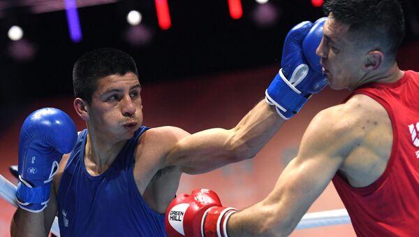 Бокс. Чемпионат мира. Мужчины. Восьмой день - Sputnik Узбекистан