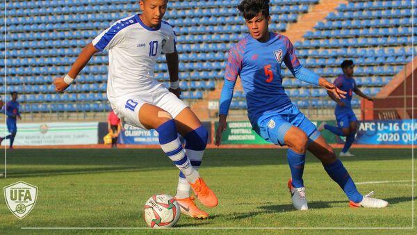 Сборная Узбекистана по футболу U-16 вышла в финальную часть ЧA-2020 - Sputnik Узбекистан