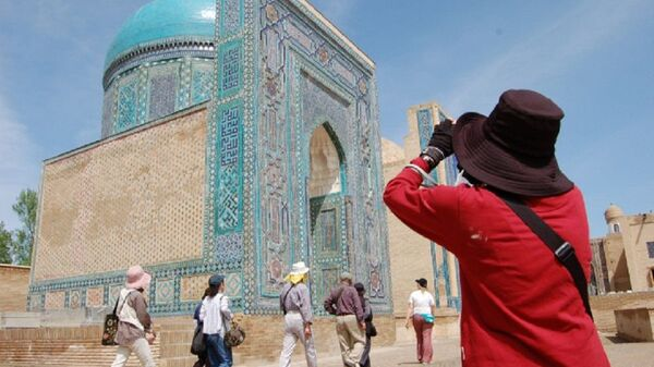 Туристы в Узбекистане - Sputnik Узбекистан