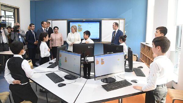 Valentina Matviyenko pobыvala v prezidentskoy shkole - Sputnik Oʻzbekiston