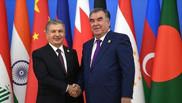 Rabochiy vizit prezidenta RF V. Putina v Tadjikistan dlya uchastiya v SVMDA - Sputnik Oʻzbekiston