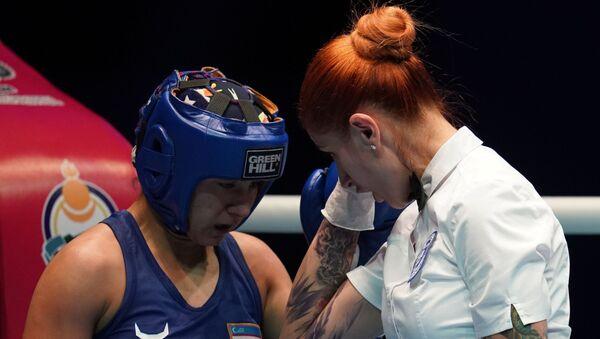 Бокс. Чемпионат мира. Женщины. Пятый день - Sputnik Узбекистан