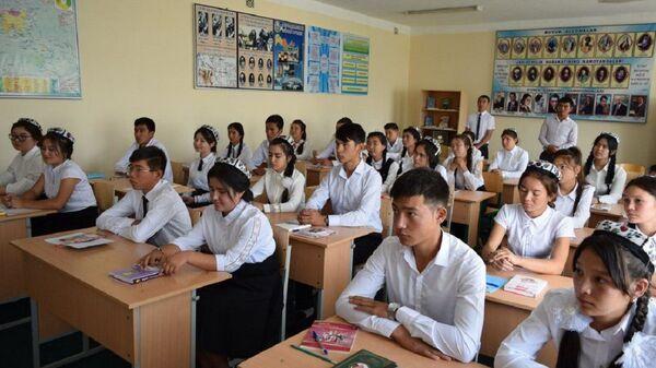 Узбекские школьники - Sputnik Узбекистан