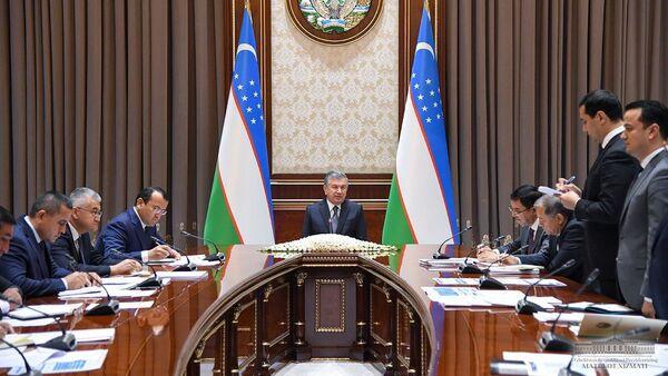 Мирзиёев оценил, как проходит привлечение инвестиций в Узбекистан - Sputnik Узбекистан