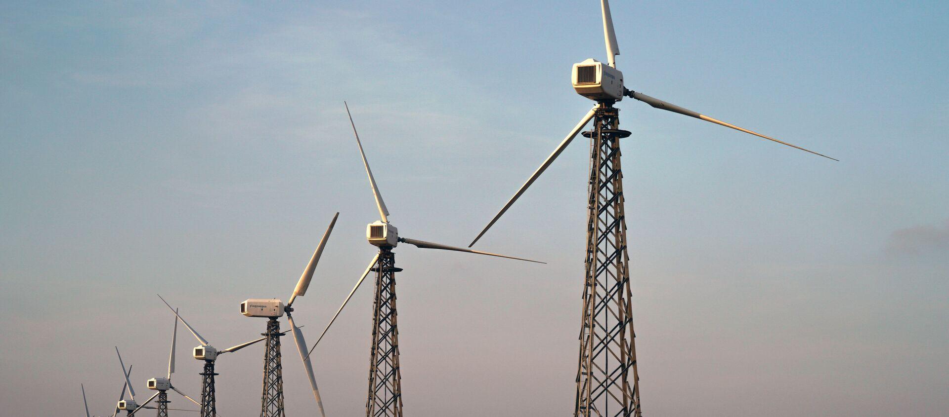 Ветряные электростанции - Sputnik Узбекистан, 1920, 09.06.2020