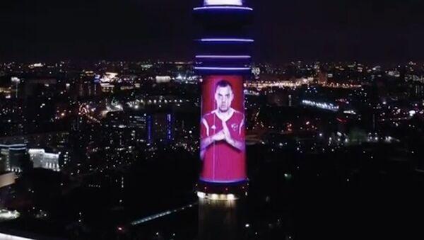 Спасибо, парни!: в Останкино поздравили российских футболистов - видео - Sputnik Узбекистан