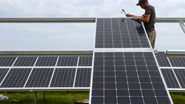 Майминская солнечная электростанция в Республике Алтай - Sputnik Ўзбекистон