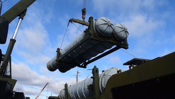 Raketnыe kompleksы S-300 perebrosili v Tadjikistan - video - Sputnik Oʻzbekiston