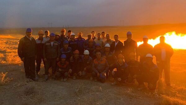 Na mestorojdenii Yormok poluchen pritok gaza - video - Sputnik Oʻzbekiston