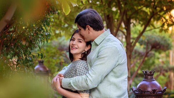 Отабек Умаров с супругой Шахнозой Мирзиёевой - Sputnik Узбекистан