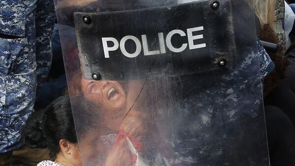Задержание участников акции протеста в Бейруте - Sputnik Ўзбекистон