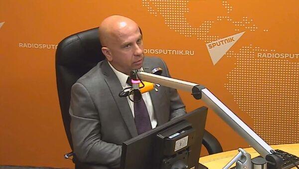 Член ассоциации группы антитеррора Альфа подполковник запаса Андрей Попов - Sputnik Узбекистан