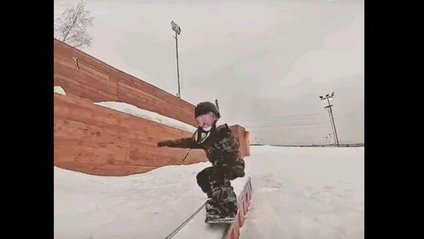 Пятилетняя сноубордистка вытворяет невероятные трюки - видео - Sputnik Узбекистан
