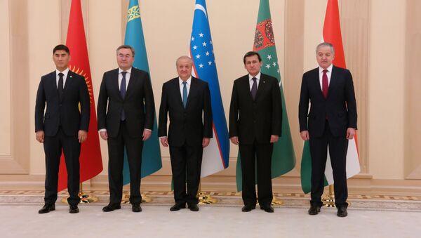 Консультативная встреча министров иностранных дел Центральноазиатских государств проходит в узбекской столице - Sputnik Ўзбекистон
