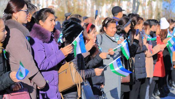 В Нукусе отметили День флага - Sputnik Узбекистан